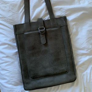Roots laptop tote